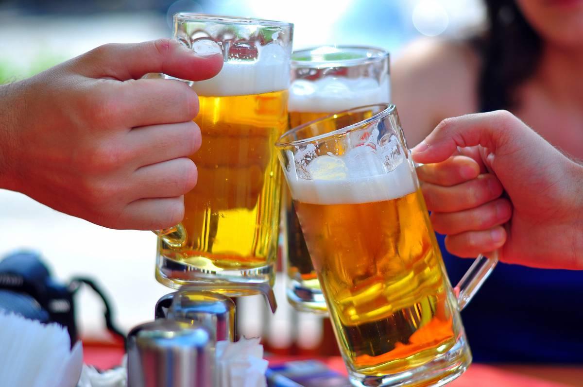 Bất chấp đại dịch, hãng bia lớn vẫn lãi nghìn tỷ