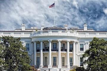 Bắt giữ người phụ nữ mang vũ trang định tiếp cận Nhà Trắng