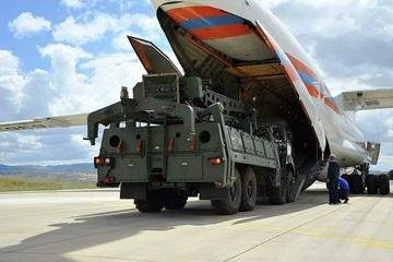 Chuyên gia Nga: Mỹ sẽ không thể thuyết phục Thổ Nhĩ Kỳ từ bỏ S-400