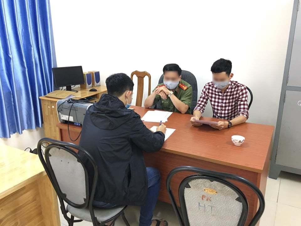 Lâm Đồng: Sửa văn bản của UBND tỉnh, 4 học sinh bị Công an triệu tập