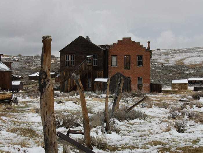 Bên trong 'thị trấn ma' lạnh lẽo đáng sợ ở Mỹ