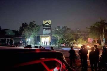 """Vụ án mạng 3 người chết tại quán karaoke ở Hòa Bình: Nhóm người từ Hà Nội về, khai """"không hiểu tại sao"""""""