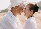 """Dân mạng tan chảy trước bộ ảnh """"mái đầu bạc, tình yêu xanh"""" của cặp vợ chồng già"""