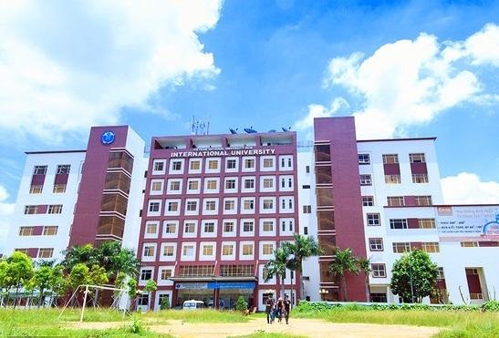 trường tuyển sinh khối D TPHCM