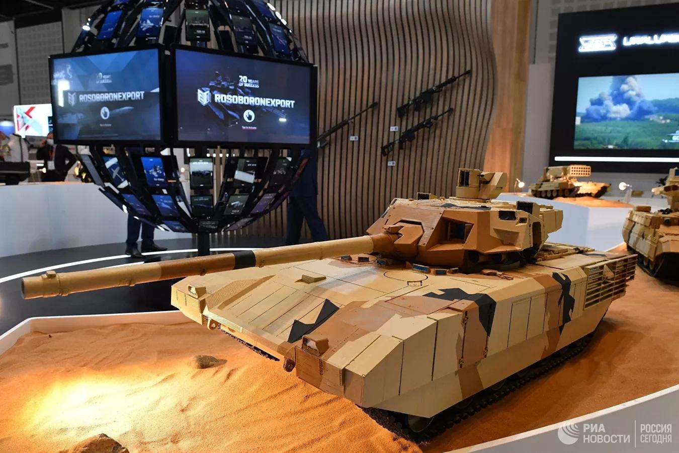 Nga 'khoe' vũ khí gì mới tại triển lãm IDEX-2021 ở UAE?