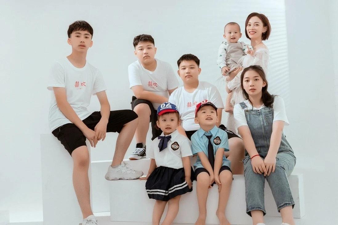 Nữ doanh nhân Trung Quốc chấp nhận nộp phạt để sinh 7 người con