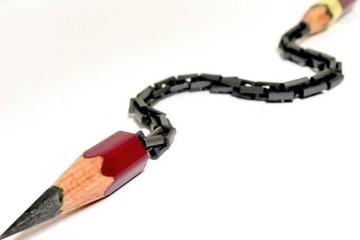 Đứng hình với những sáng tạo điêu khắc tinh xảo trên đầu bút chì