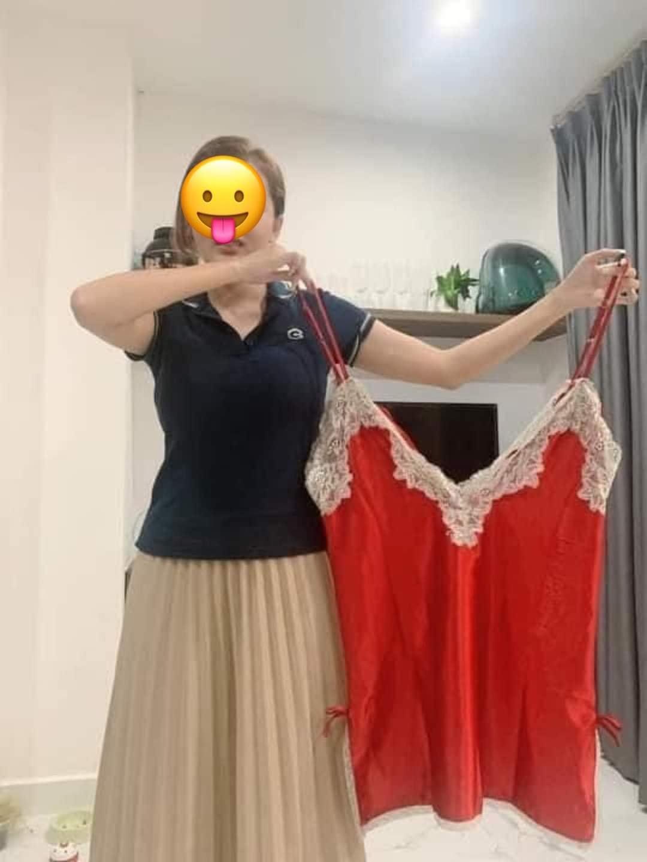"""Mua váy ngủ sexy để quyến rũ chồng, cô gái nhận về phiên bản """"cái tạp dề"""""""