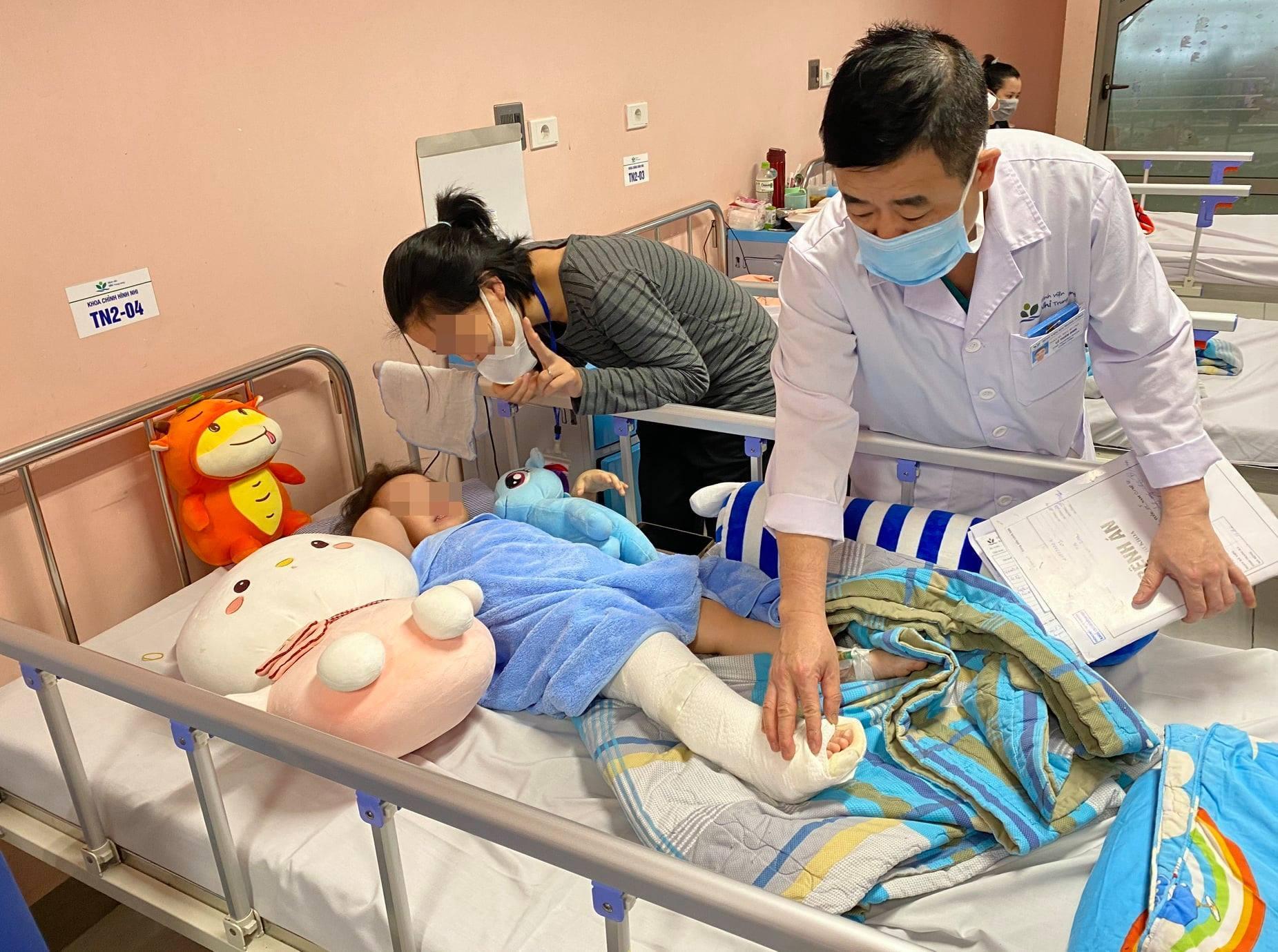 Bé gái 3 tuổi rơi từ tầng 12A chung cư sức khỏe ổn định, sắp được ra viện