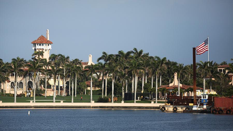 Công ty của ông Trump rao bán biệt thự ở Florida