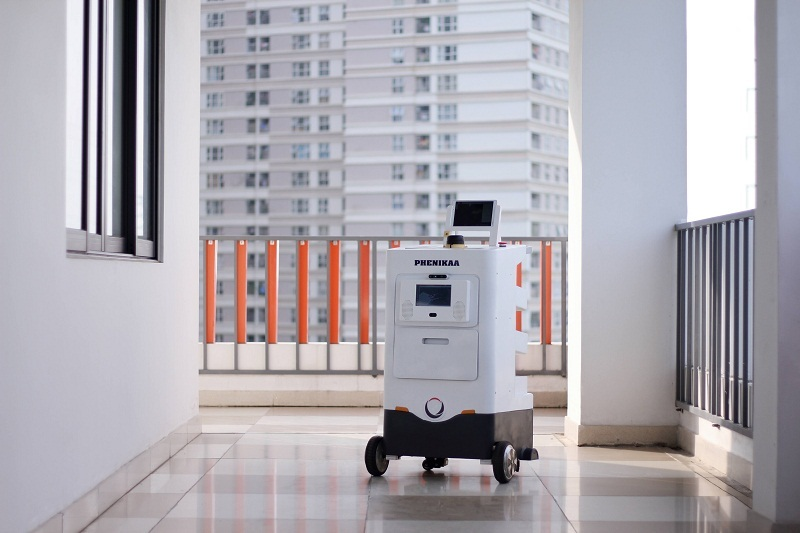 """Bản đồ COVID-19 và Robot công nghệ cao """"Make in Vietnam"""" góp phần chống dịch hiệu quả"""