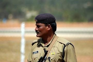 Ấn Độ: Tòa án đề nghị kẻ hiếp dâm kết hôn với nạn nhân để giảm án
