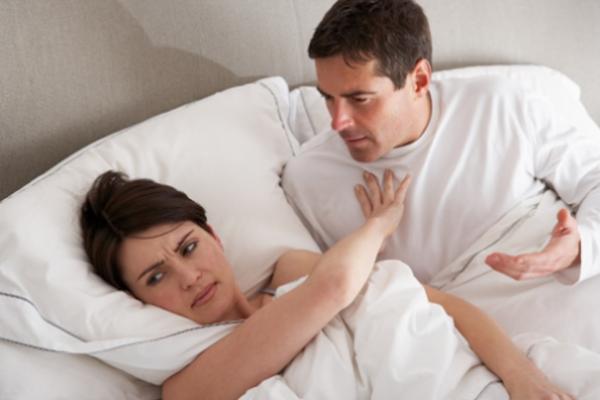 'Tòm tem' với người khác bị vợ phát hiện, lý do chồng đưa ra khiến vợ phải tự xem lại mình