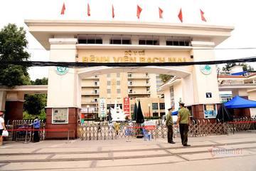 Bộ Y tế 'tuýt còi' BV Bạch Mai về tăng giá khám với giáo sư lên 550.000 đồng/lượt