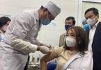 Chính thức tiêm vắc xin Covid-19: Lưu ý các phản ứng có thể xảy ra sau tiêm