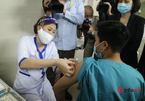 Phản ứng sau tiêm vắc xin Covid-19 ở Việt Nam chủ yếu là sốt cao, tăng huyết áp