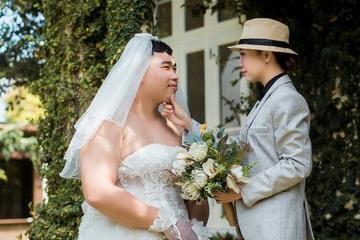 """Bộ ảnh cưới """"lạ đời"""" khiến người xem từ bật cười tới cảm phục"""