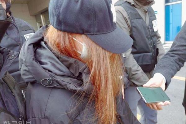 Bé gái Hàn Quốc bị bỏ đói tới chết trong nhà hóa ra là con đẻ của 'bà ngoại'
