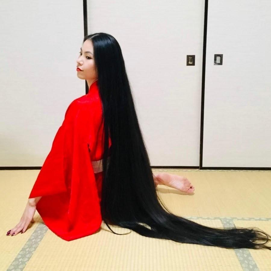 Những dị nhân 'Rapunzel' ngoài đời thực nuôi mái tóc siêu dài