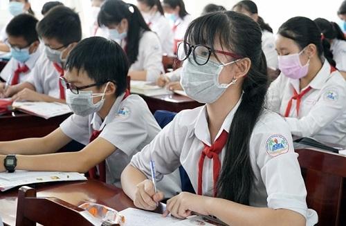 """Quảng Ninh hỗ trợ hơn 500 học sinh còn """"mắc kẹt"""" ở vùng dịch Hải Dương"""