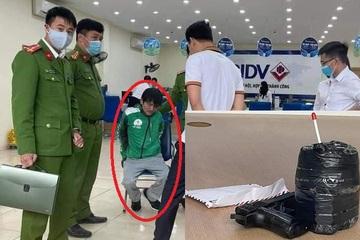 Hà Nội: Xông vào ngân hàng cướp gần 70 triệu trong giờ nghỉ trưa, bị nhân viên 'bắt nóng'