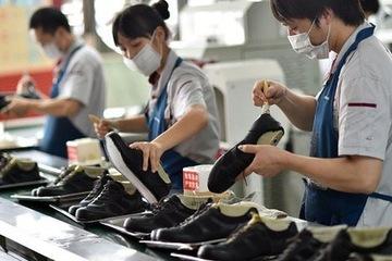Từ 1/3, người lao động thuộc1838 nghề, công việc sẽ được về hưu trước tuổi