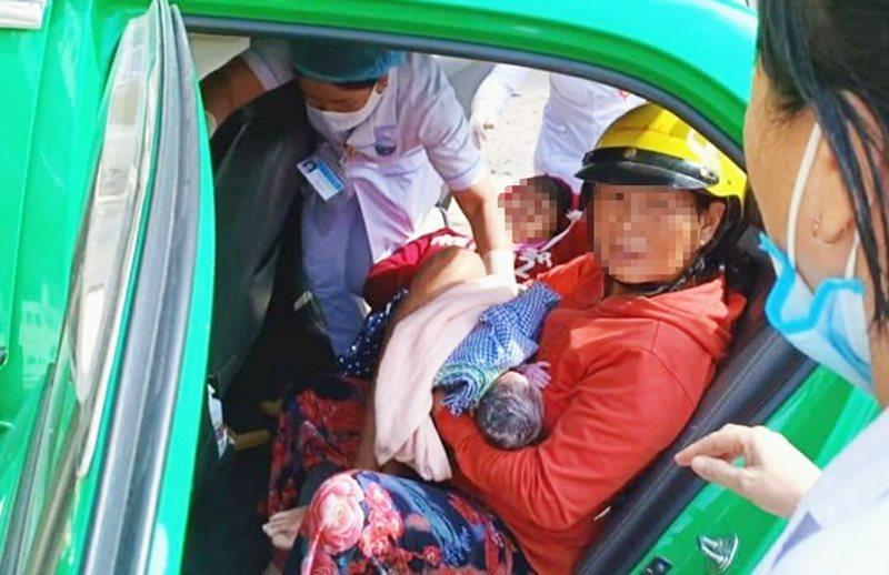 """Quảng Nam: Nam tài xế taxi giúp sản phụ """"vượt cạn"""" ngay trên xe"""