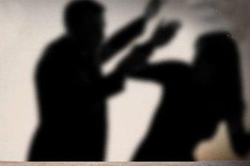 Con trai 30 tuổi bạo hành chính mẹ đẻ nhiều lần vì áp lực học hành