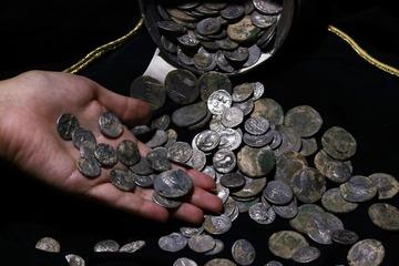 Kho báu đầy ắp tiền La Mã cổ phát hiện ở Thổ Nhĩ Kỳ
