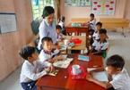 Cô giáo Khmer 12 năm dạy học trò nghèo: Ngoài tình yêu nghề còn có những bài học cuộc đời