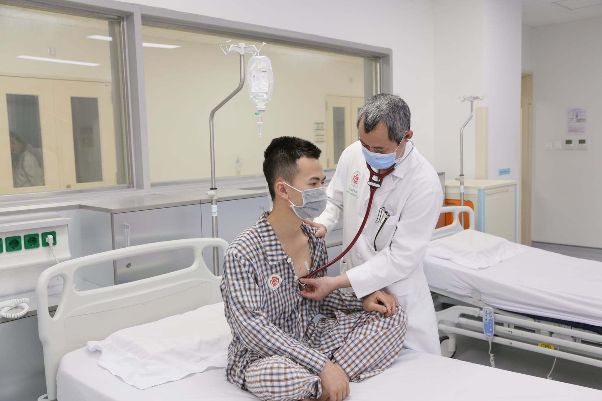 Cứu sống nam thanh niên bị thủng màng tim, tổn thương cơ tim thất trái