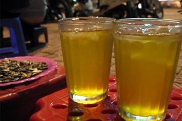 Uống trà đá có thể gây sỏi thận?