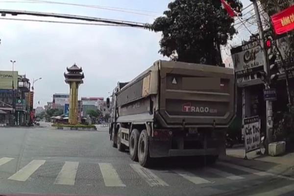 Xe tải,Vượt đèn đỏ