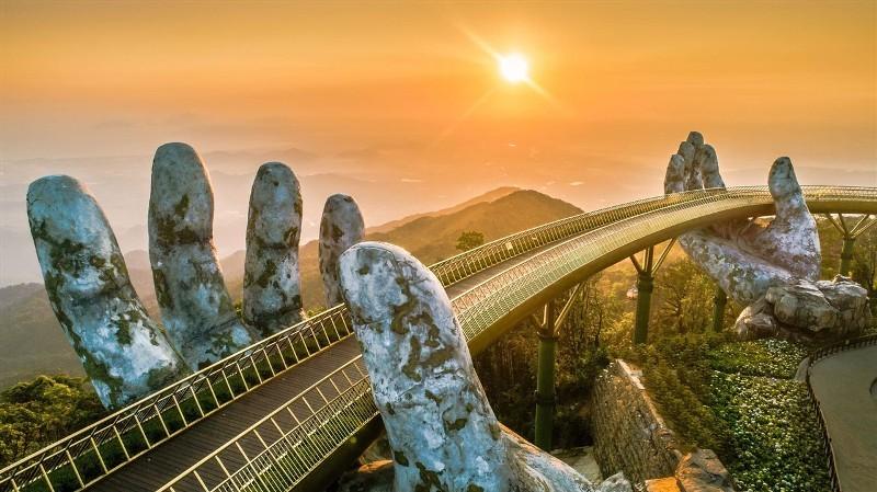 Quốc tế khép cửa, du lịch Việt vẫn rộn ràng với các công viên chủ đề đẳng cấp