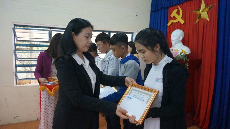 khuyến học,trao học bổng,Quảng Nam