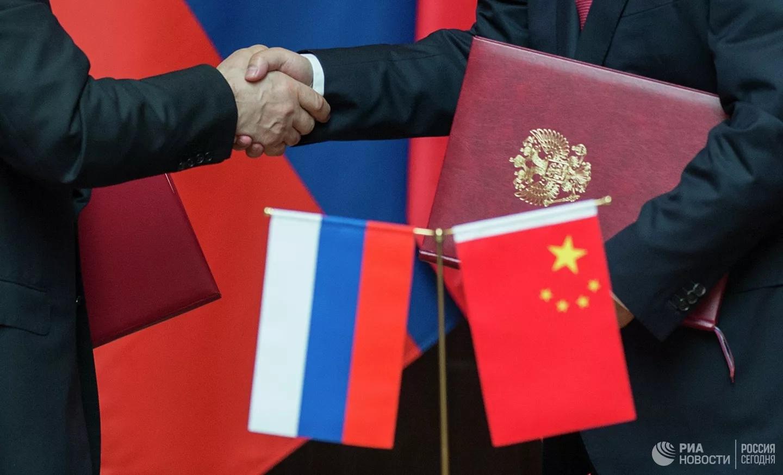 Ba lý do khiến quan hệ Nga và Trung Quốc khăng khít
