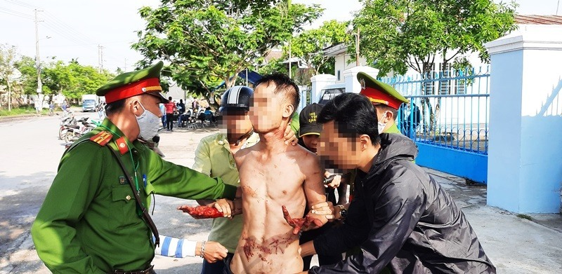 Quảng Nam: Khống chế đối tượng 'ngáo đá' liên tục la hét đòi giết người