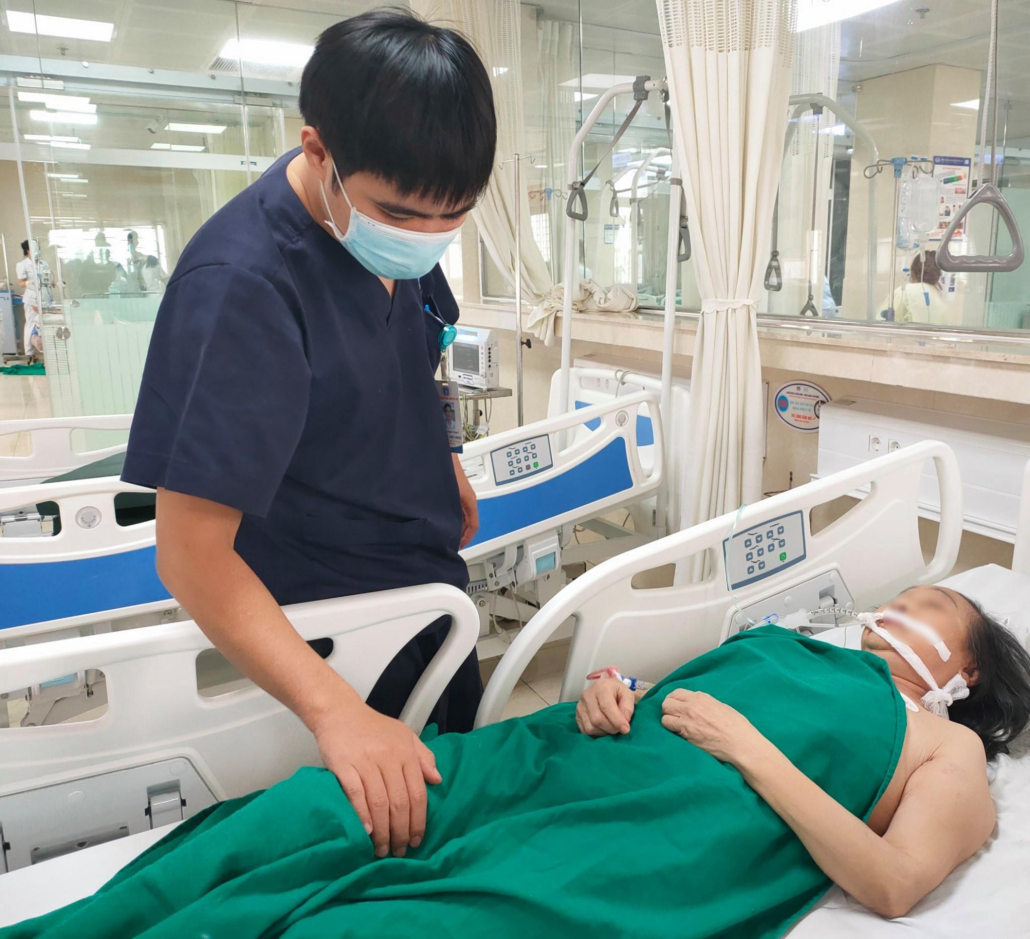 Quên uống thuốc chống đông máu, người phụ nữ suýt chết vì đột quỵ