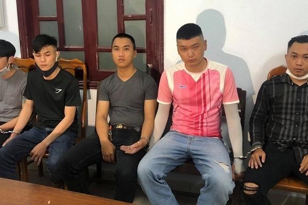 """Nam thanh niên bị cướp tài sản vì lừa bán… ma túy """"dỏm"""""""