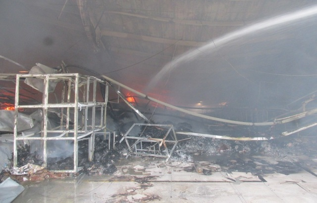 Thanh Hóa: Cháy lớn thiêu rụi nhà xưởng công ty may có quy mô 5.000 lao động