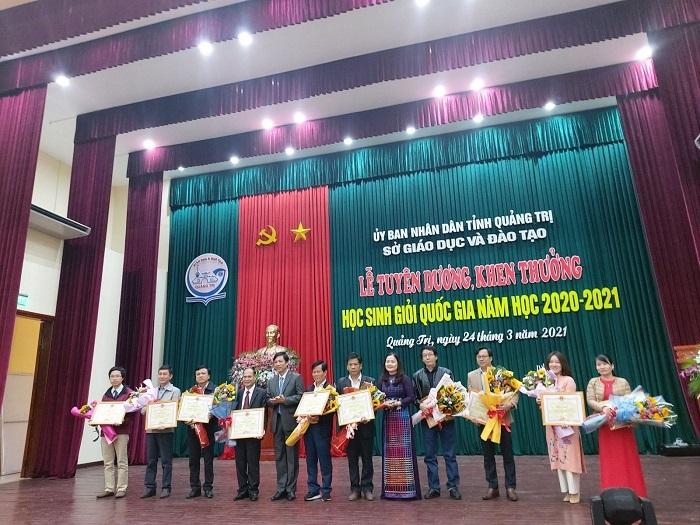 Quảng Trị: Vinh danh, khen thưởng học sinh giỏi quốc gia