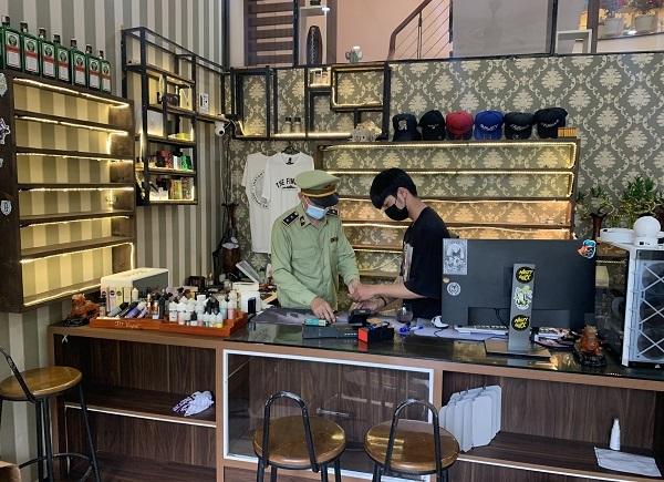 Đà Nẵng tạm giữ gần 3.500 đơn vị sản phẩm hàng hóa là thuốc lá điện tử và linh phụ kiện các loại