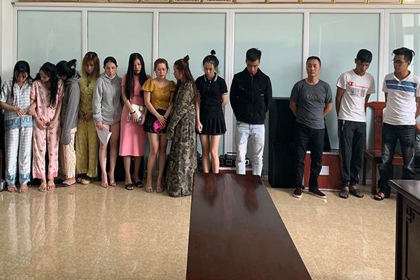Kiểm tra bất ngờ nhà nghỉ ở Huế, phát hiện 47 nam nữ sử dụng, buôn bán ma túy