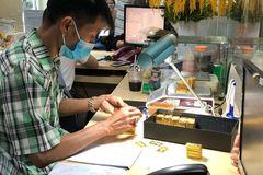 Công thức và cách quy đổi giá vàng thế giới ra vàng Việt Nam