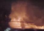 Cháy bãi giữ xe tang vật ở TP Thủ Đức