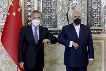 Trung Quốc gặp 'rủi ro lớn' khi ký kết thỏa thuận 25 năm với Iran?