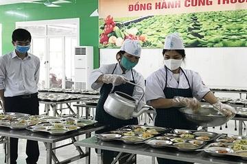 Hưng Yên: Tổ chức cho nhân viên đi tập huấn quy trình chế biến thức ăn đảm bảo vệ sinh
