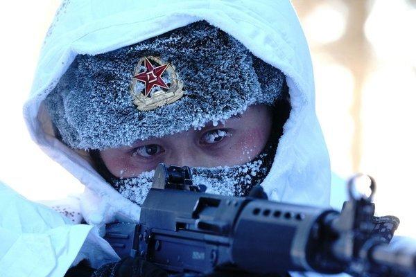 Quân đội Trung Quốc điều 11 binh sĩ tới Nga làm gì?