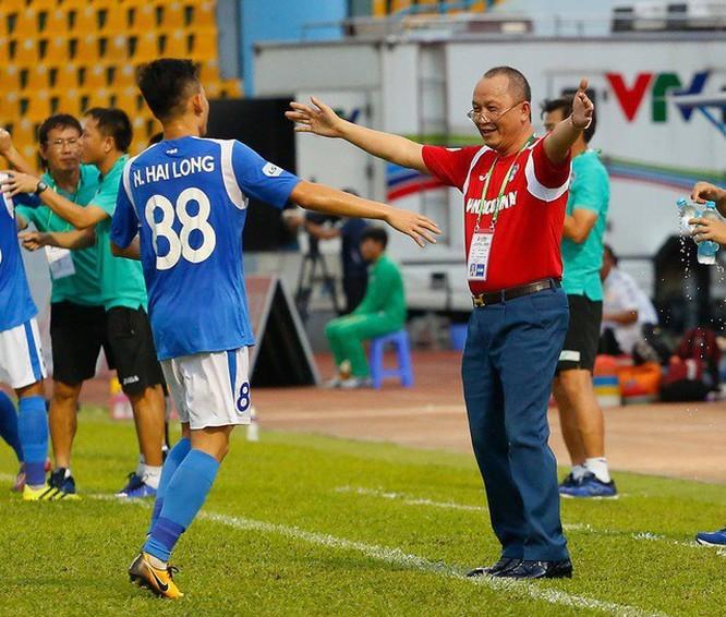 Chân dung ông chủ đại gia CLB Than Quảng Ninh- nơi cầu thủ bị nợ lương 8 tháng liền vẫn đá