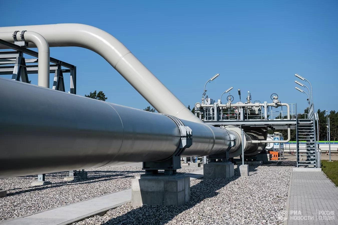 Khí tài quân sự xuất hiện gần nơi thi công Nord Stream 2, Nga nói gì?